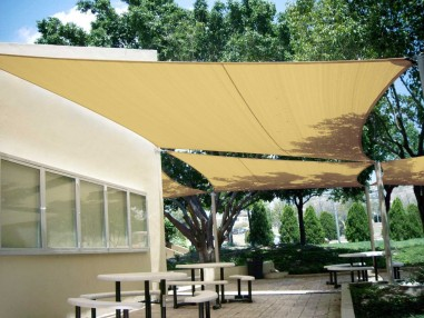 EasyShade breathable perfect protection from wind and hailstorm